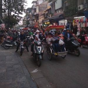 Hanoi vietnam cosa vedere, traffico
